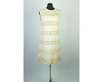 1960s linen dress, linen and lace, ivory linen dress, lace inserts, wedding dress, Size M/L