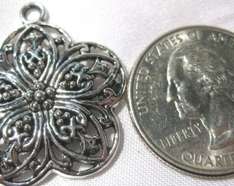 Flower Charm Pendant 1 Piece Tibetan Silver Jewelry Supply floral pendent