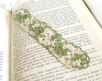 Rustic Lace Bookmark in Tatting , Fantasy Medieval , Woodland Inspired , Green , Ecru - Christina