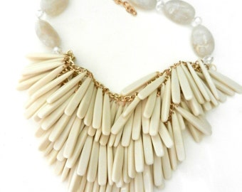 Large dangling bib charms necklace -White, gold and crystal-Very cool, a jewel for to fascinate -- art.429/3 --