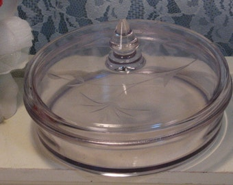 antique cambridge glass etched floral powder box candy. Black Bedroom Furniture Sets. Home Design Ideas