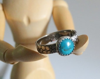 Turquoise and Sterling Silver Ring Size 7 Ring