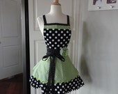 Spring Green ~ Annabelle Style ~  Women's Full Kitchen Retro Modern Apron