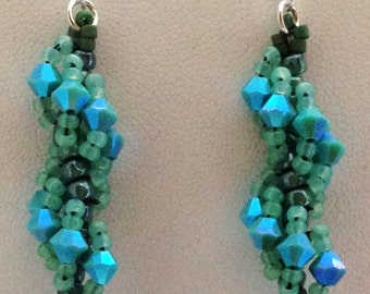 Turquoise Green Beaded Earrings, Turquoise Crystal Earrings, Swarovski Cluster Earring,Spring and Summer Jewelry, Small Dangle Earrings