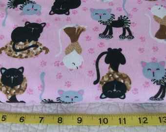 Fancy Cats  Flannel  Design Flannel  Cotton Fabric   1/2 Yard