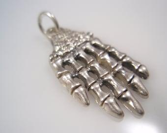 skull bones hand sterling silver 925 pendant