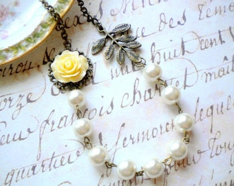 Fall Wedding Jewelry Ivory Wedding Necklace Vintage Leaf Rustic Woodland Wedding Jewelry Rose Flower Necklace Pearl Bridesmaid Necklace