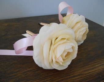 Guest Book Pens Set of 2 Twine or Ribbon Wrapped Champagne and Pink You customize Colors and Flowers Ivory Ranunculus