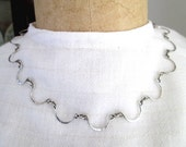 Delicate Vintage Sterling Silver Scalloped Link Necklace