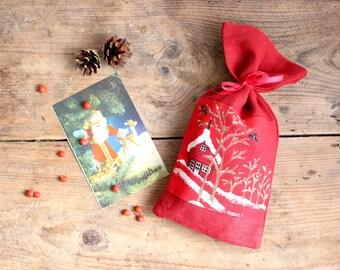 Red Linen Favor Gift Bag, Linen Christmas Sachet, Small Gift Bag, Handmade Linen Bag, Rustic Decor