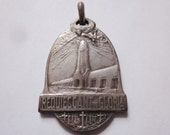 WWI Indulgence Medal Verdun Angels Antique Military Religious Medal by Augis SC-555