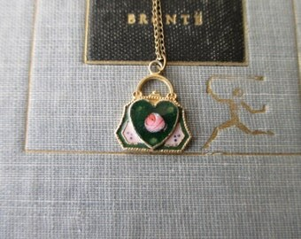"SALE -- vintage enameled Heart Necklace - gold filled chain 18"""