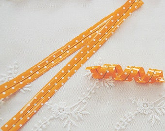 50 Twist Ties - Polka Dot / Orange (0.3 x 4.7in)