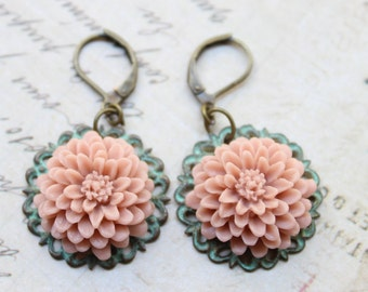 Soft Matte Mauve Flower Earrings