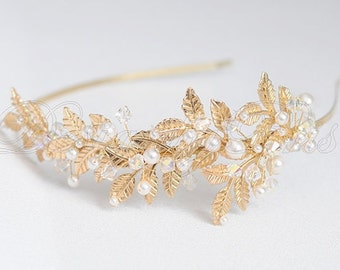 Bridal Accessories Wedding Hair Accessories Bridal Gold Headband Bridal Gold Tone Swarovski Clear Crystals and White Pearls Headband