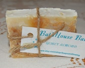 Organic Soap Honey Almond, All Natural Honey and Almond Soap Bar with E.V.O. Oil,Coco Butter and Goats milk