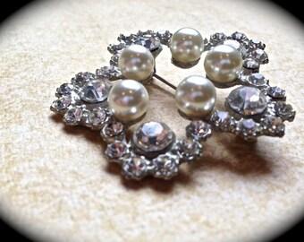 Star pearl brooch- Bridal Brooch-