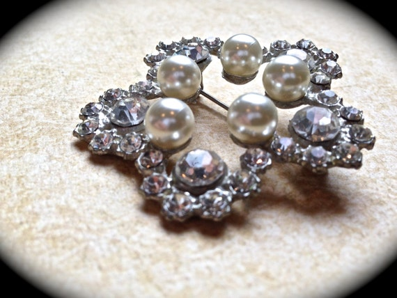 Star pearl brooch- Bridal Brooch-