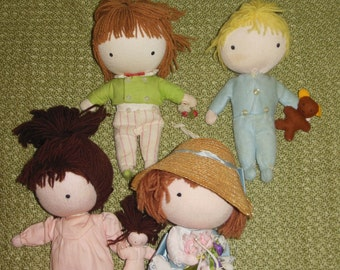 LOT of Vintage POCKET DOLLS from the 60s and 70s