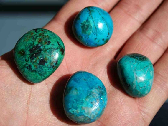 Chrysocolla Crystal Bright Blue And Green Tumbled And