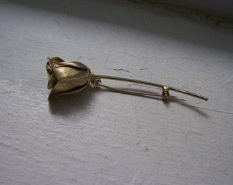 Gold Detailed Rose Flower Brooch