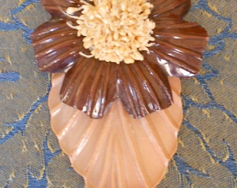 1930's Celluloid Leaf Dress Clip