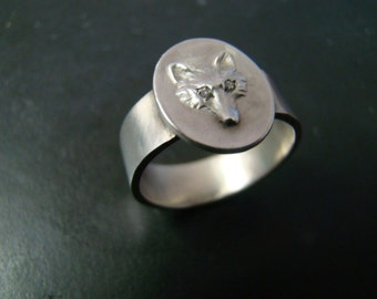 Sterling Silver Fox ring with diamond eyes and wide band