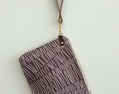 eggplant clutch in hatches print