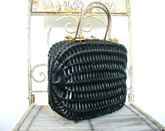 Vintage Woven Handbag - 60s handbag - black handbag  - framed bag  - wicker purse - kelly bag - dorothy bag - structured purse