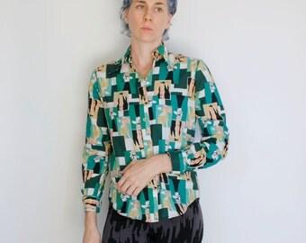 Vintage 70's women's blouse, Victorian women pattern, green squares - Medium