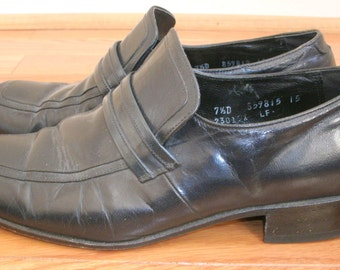 70s Vintage Mens Florsheim Designer Collection navy blue loafer shoe boot style square toe dress shoes 7.5 D Womens 8.5-9 W