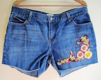 Distressed Cutoff Victorian Denim Shorts Floral Rocker Boho - Size Large
