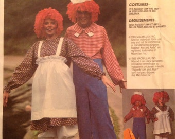 Raggedy Ann and Andy Dolls Adults' Costume Sewing Pattern Size Medium 36-38 UNCUT Dress Pants Apron Bloomers Wig Hat