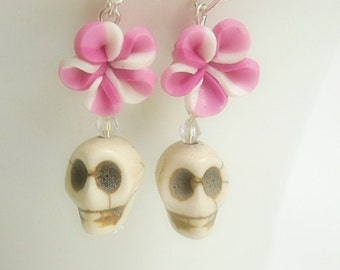 Skull Earrings with Roses, Day of the Dead, Dia de los Muertos, White, Pink, Southwest, Cowgirl, Frida Kahlo, Sugar Skull, Halloween