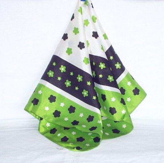 Vintage Scarf Head Scarf Mod Retro Acetate Green Black Made Italy 70s Fashion Accessory
