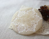 Brooch / White Ivory Cream Off White Winter White / Snowflake Lace Antiqued / Circle Round Pin / Handmade Jewelry Jewellery