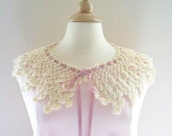 Crochet Collar Victorian Lace Ribbon in Cream