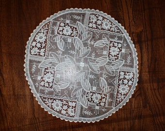 Antique Handmade Lace Doily Point de Venice and Embroidered Net Lace