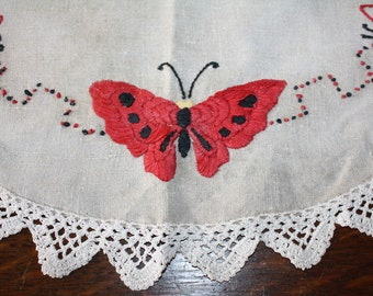 Arts and Crafts Centerpiece Doily Table Topper Butterflies Embroidered Vintage Antique
