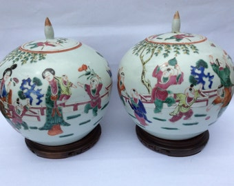 Pair Antique Chinese Porcelain Ginger Jars Beautifully Handpainted Late 19th Century