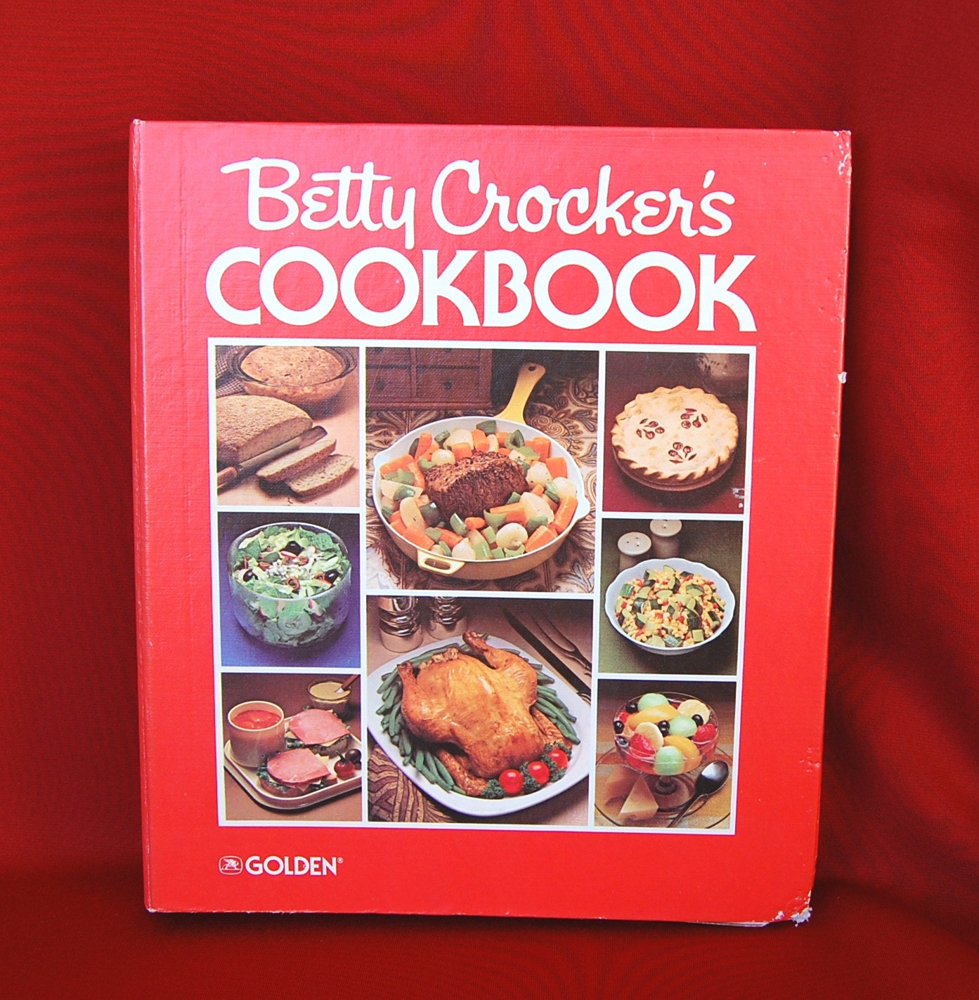 Cookbook Red Checkered Cover : Vintage betty crocker s cookbook ringbound red cover