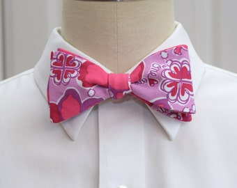 Lilly Bow Tie in Sigma Kappa sorority fabric (Officially Licensed) (self-tie)