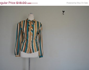 1970s Striped Button Up Blouse - Large Vintage Jolene Fashion Shirt