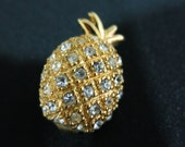 Vintage Like New Gold-Plated Pineapple Brooch with Crystals - 1990s vintage, Pave design