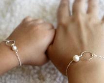 Mother Daughter Bracelet Set, Eternity Bracelet, Mother Daughter Gift, Pearl, Eternity Ring, Eternity Circle Bracelet, Child Size Bracelet