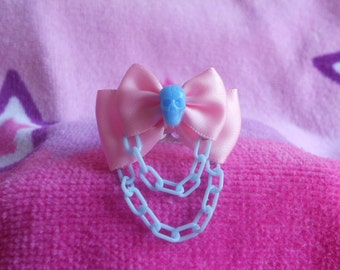 Sweet creepy lolita skull ring pink