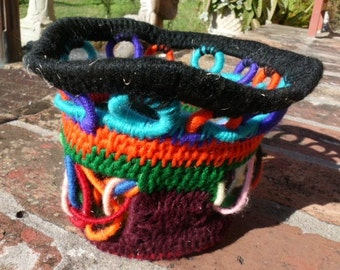 Halloween decor Yarn Coiled Basket Funky Colorful large vessel loops and links