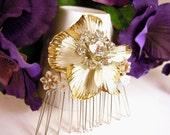 Bridal Hair Comb Veil Clip with Vintage Rhinestone Gardenia Brooch