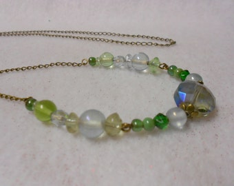 Green Glass Beaded Neck Chain, Necklace