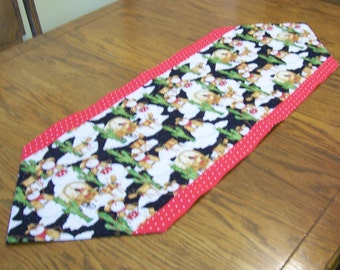Snowman Table Runner with Red Polka Dot Fabric - Holiday Table Runner, Christmas Table Runner, Kitchen Table Decor